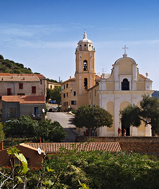 Village de Cargese - Promenades en mer Corse Adrénaline